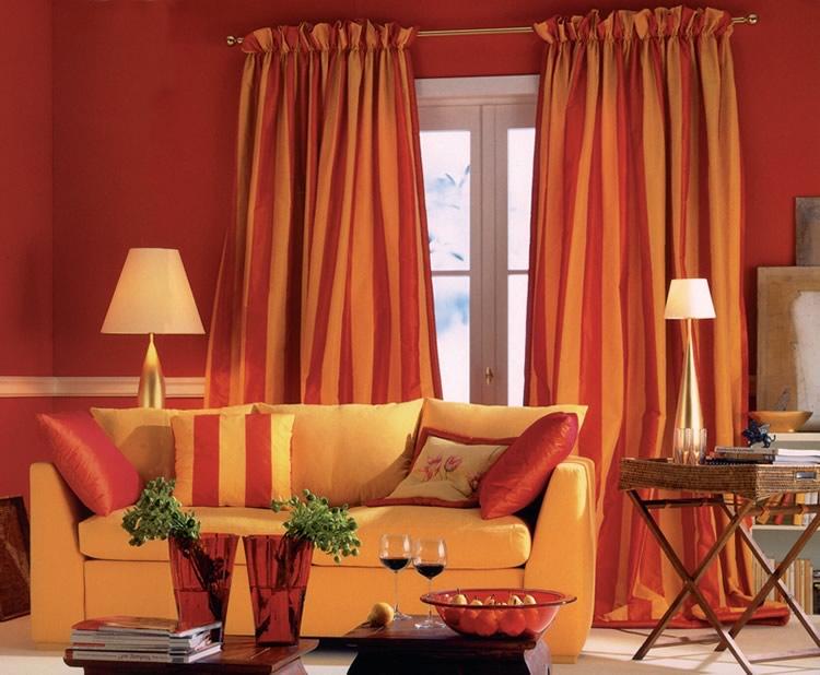 Portend pergolati e tende da esterno e da interno for Tipi di tende da interno