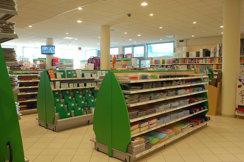 Logika srl arredamenti per spazi di vendita ascom pesaro for Arredamento per cartoleria