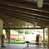 Realizzazione e montaggio tetti porticati e strutture in genere