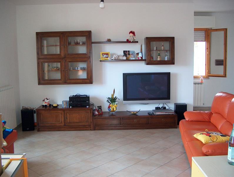 Cesaretti arreda srl mobili e complementi d arredo per for Complementi di arredo soggiorno