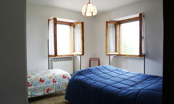 Agriturismo villa frattabella appartamenti per soggiorno for Appartamenti arredati moderni