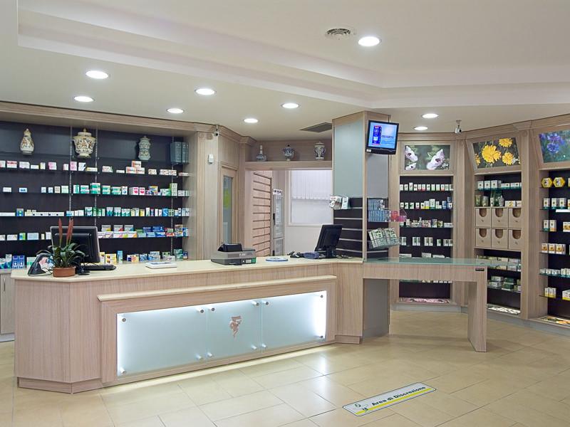 Ekofarma arredamenti e mobili su misura per farmacie for Arredamenti farmacie