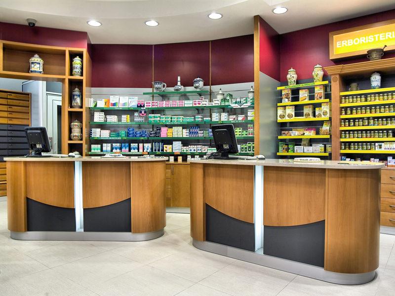 Mobili-per-farmacie-ekofarma%20(1).jpg