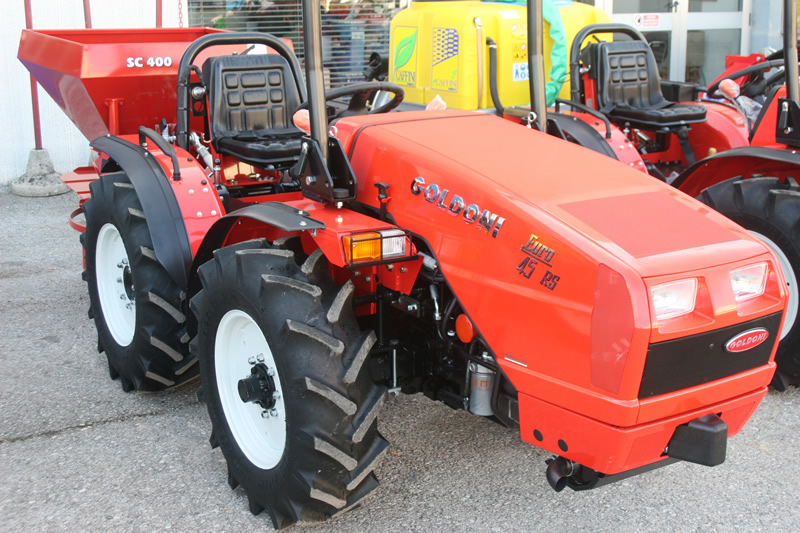 Agri ubaldi vendita macchine agricole e giardinaggio for Consorzio agrario cremona macchine agricole usate